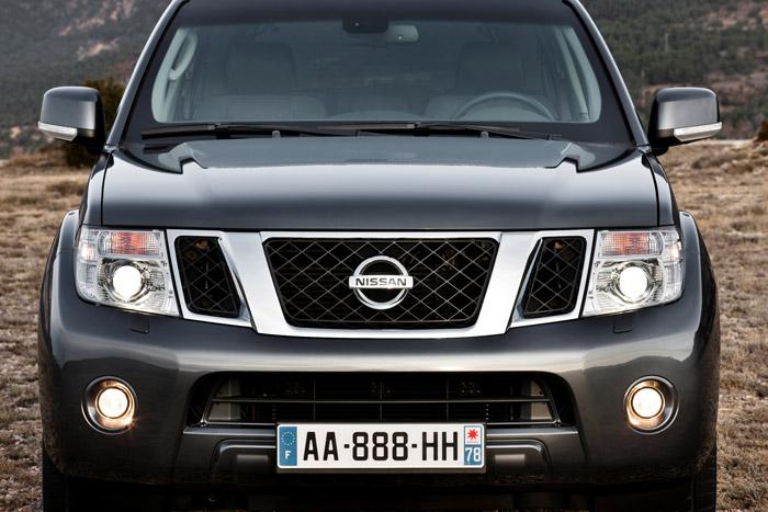 Nuevo diseño de frontal para el Nissan Pathfinder y la Navara