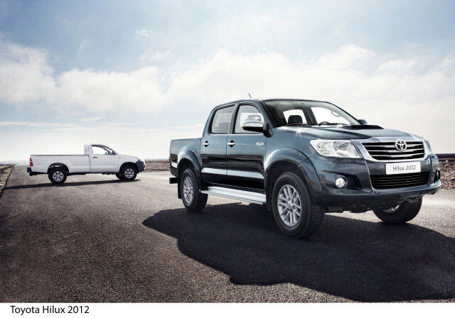 toyota_hilux_2012_ext_00